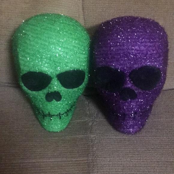 Avon Day Of The Dead Light Up Skulls (2)
